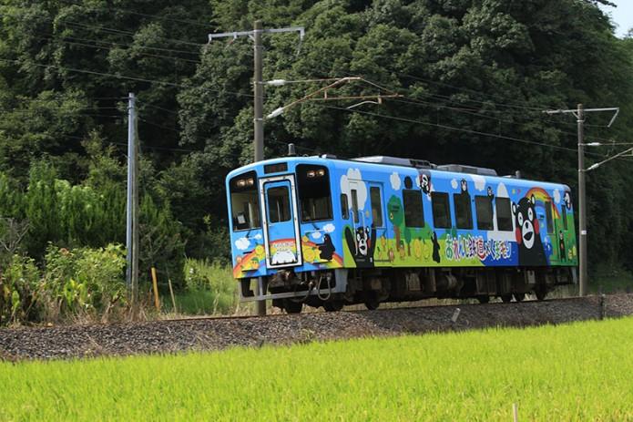 04九州觀光列車(下)04超受歡迎的「酷MA萌(くまモン)列車」(肥薩橙鐵道)